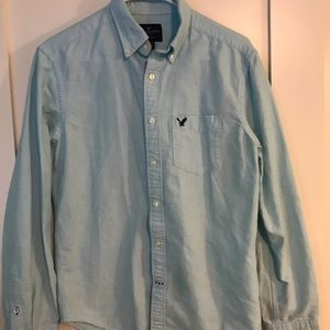 Men's American Eagle Blue Botton Down shirt